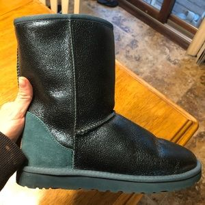 Size 9 Ugg Jade shimmer boots, worn once